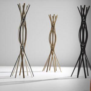Appendiabidi twist di Horm un fiore di legno da esibire