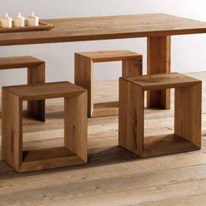 Il cubo di legno che da sedia si fa libreria: ecco forma 45 by Essence Wood