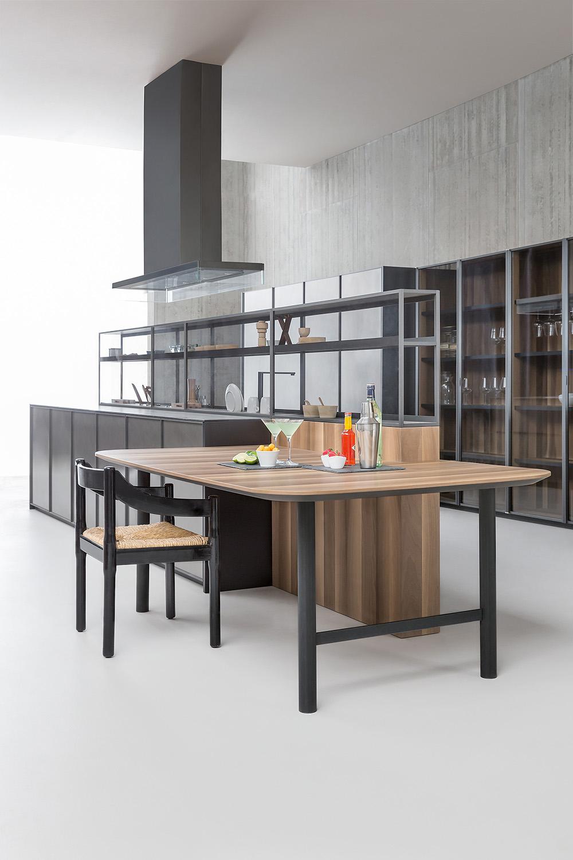 Sistema di mensole e vani a giorno in alluminio per cucina arredare con stile - Mensole cucina country ...