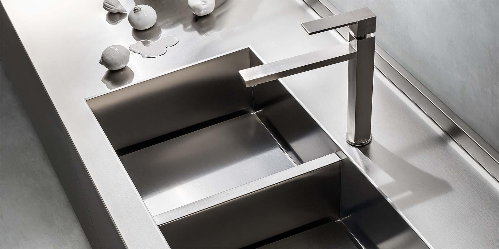 top-cucina-acciaio-inox-lavello-fuso | Arredare con stile