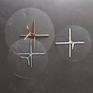 Sitland Tab: tavoli da appoggio in vetro e metallo