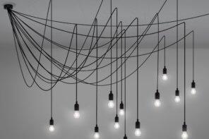 Scenografica illuminazione a soffitto Maman by Seletti