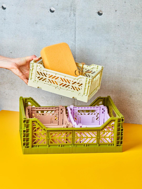 Colour Crate: le cassette colorate ed impilabili di Hay